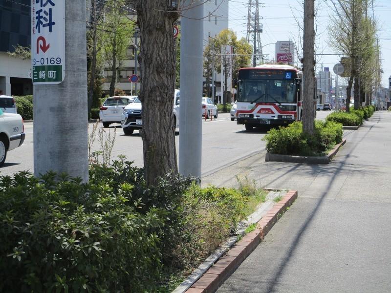 2019.4.9 (14) 岡崎警察署前バス停 - 滝団地いきバス 2000-1500
