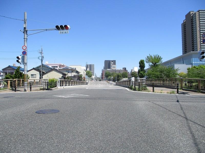 2019.5.7 (32) 岡崎城下27まがり - 「を」(三清橋) 2000-1500