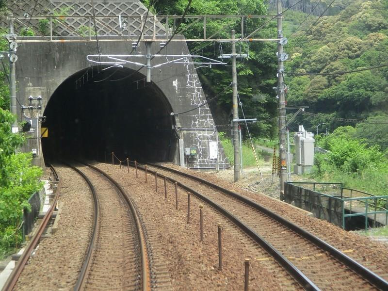 2019.5.22 (27) 中津川いき快速 - 高蔵寺定光寺間(トンネル) 1600-1200