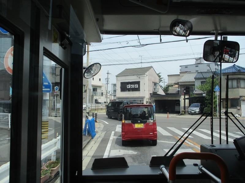 2019.5.27 (6) 起いきバス - ぎんざを左折 1600-1200