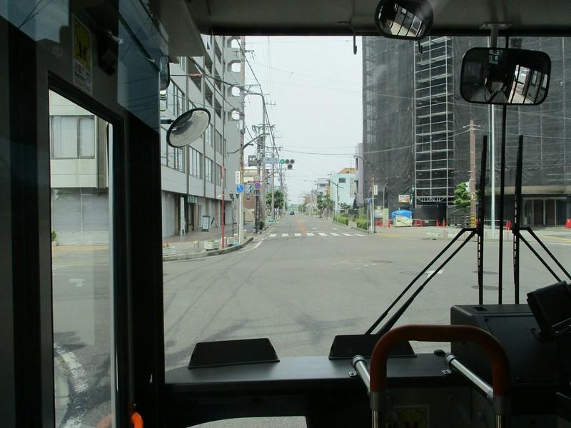 2019.5.27 (7) 起いきバス - 八幡2丁目交差点 1600-1200