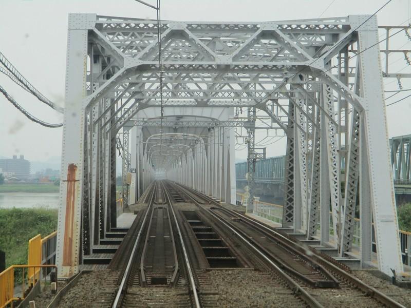 2019.6.2 (39) 松阪いき急行 - 木曽川鉄橋 1600-1200