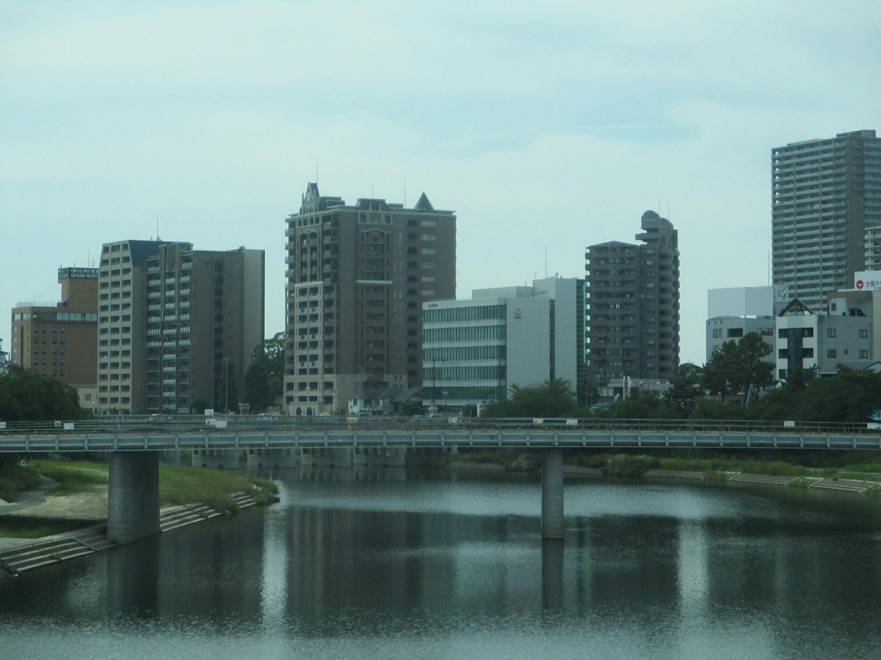 2019.6.6 (5) JRあんじょうえきいきバス - 明代橋をわたる(桜城橋) 1800-1350