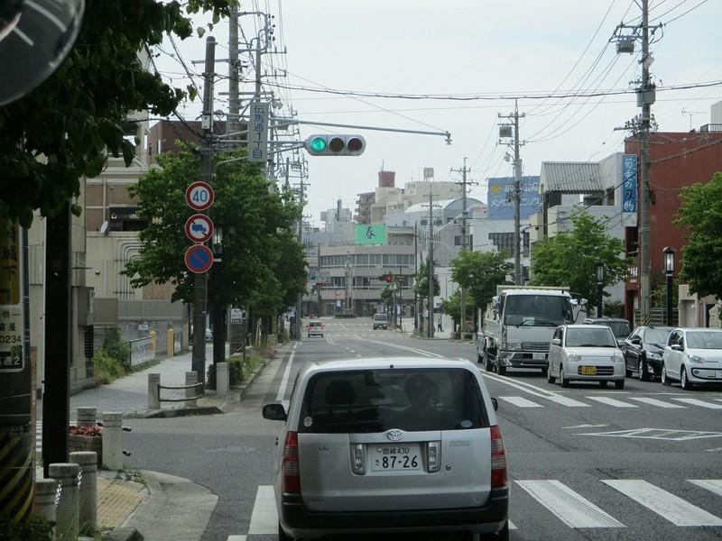 2019.6.6 (8) JRあんじょうえきいきバス - 伝馬通1丁目交差点 1600-1200