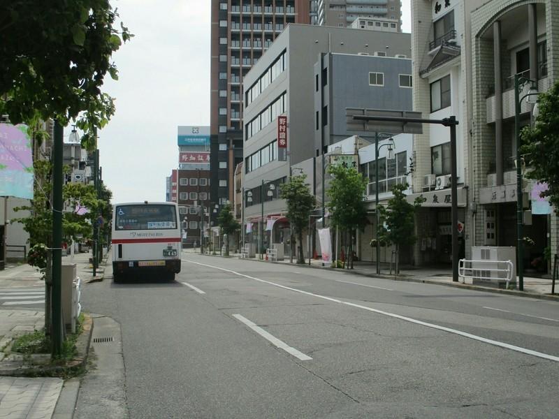 2019.6.6 (13) 康生町バス停 - JRあんじょうえきいきバス 1600-1200