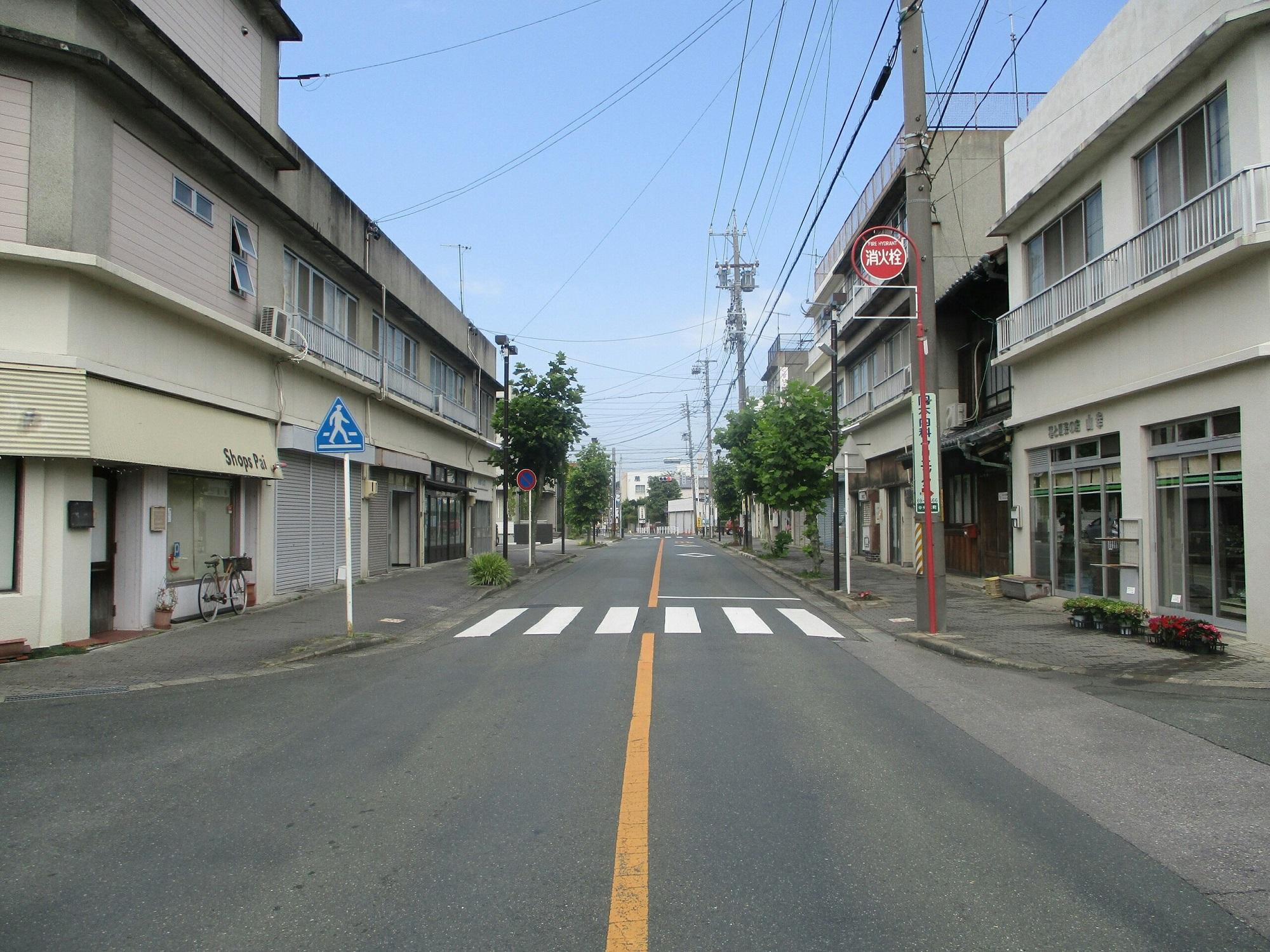 2019.6.24 (1001) 西町 - 銀座どおり中央からにしむき 2000-1500