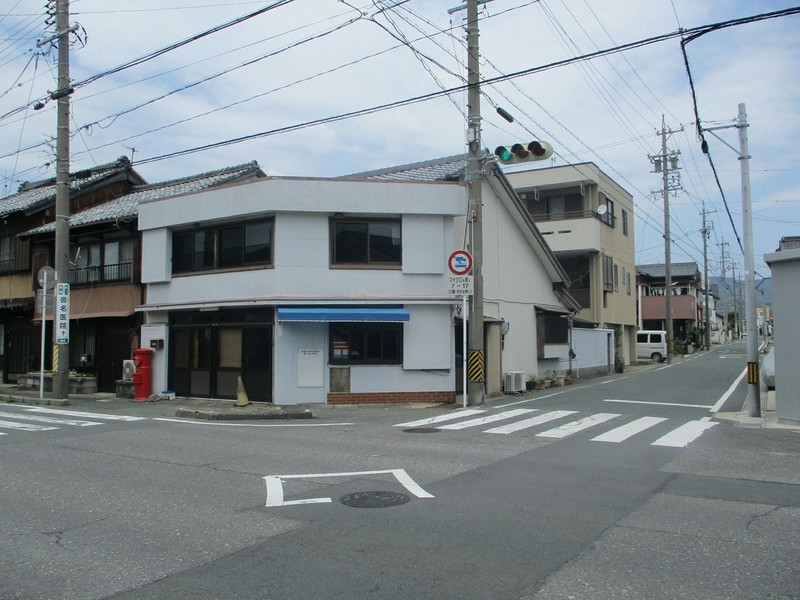 2019.6.24 (1039) 東町 - ななし信号交差点西北 1800-1350