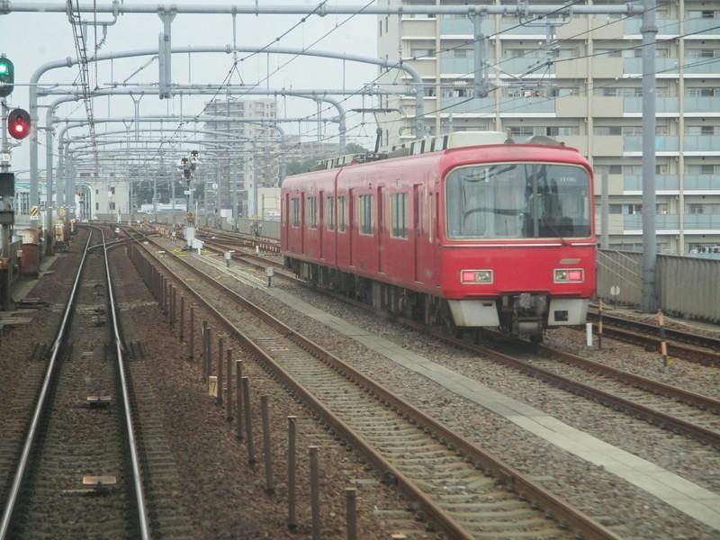 2019.6.30 (26) 岐阜いき特急 - 左京山鳴海間(留置電車) 2000-1500