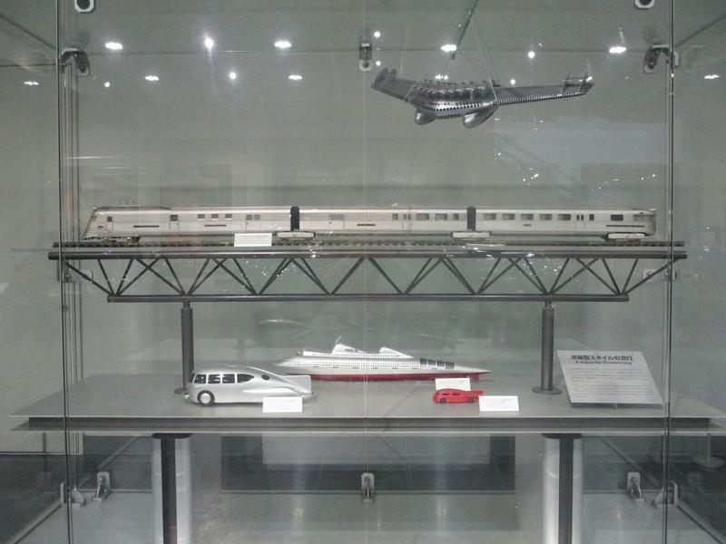 2019.6.30 (68) トヨタ博物館 - 流線形スタイルの流行 2000-1500