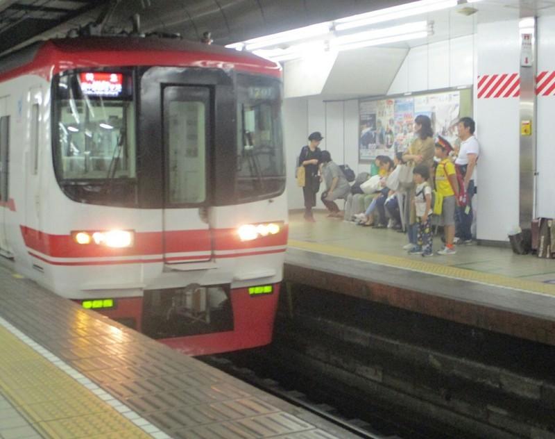 2019.6.30 (90) 名古屋 - セントレアいき特急 1520-1200