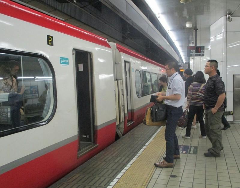 2019.6.30 (92) 名古屋 - 豊橋いき特急 1530-1200