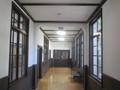 2019.7.30 (18) 旧亀城小学校 - 1階ひだり廊下 2000-1500