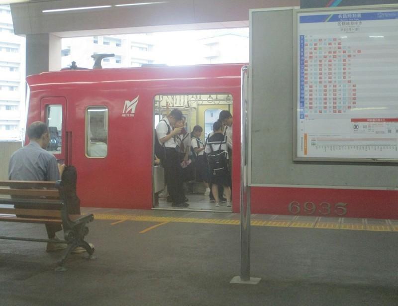 2019.8.20 (8) 岐阜いき特急 - 一宮(津島いきふつう) 1560-1200