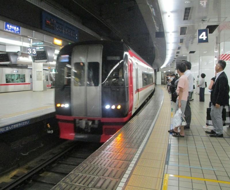 2019.8.26 (18) 名古屋 - 豊橋いき特急 1450-1200