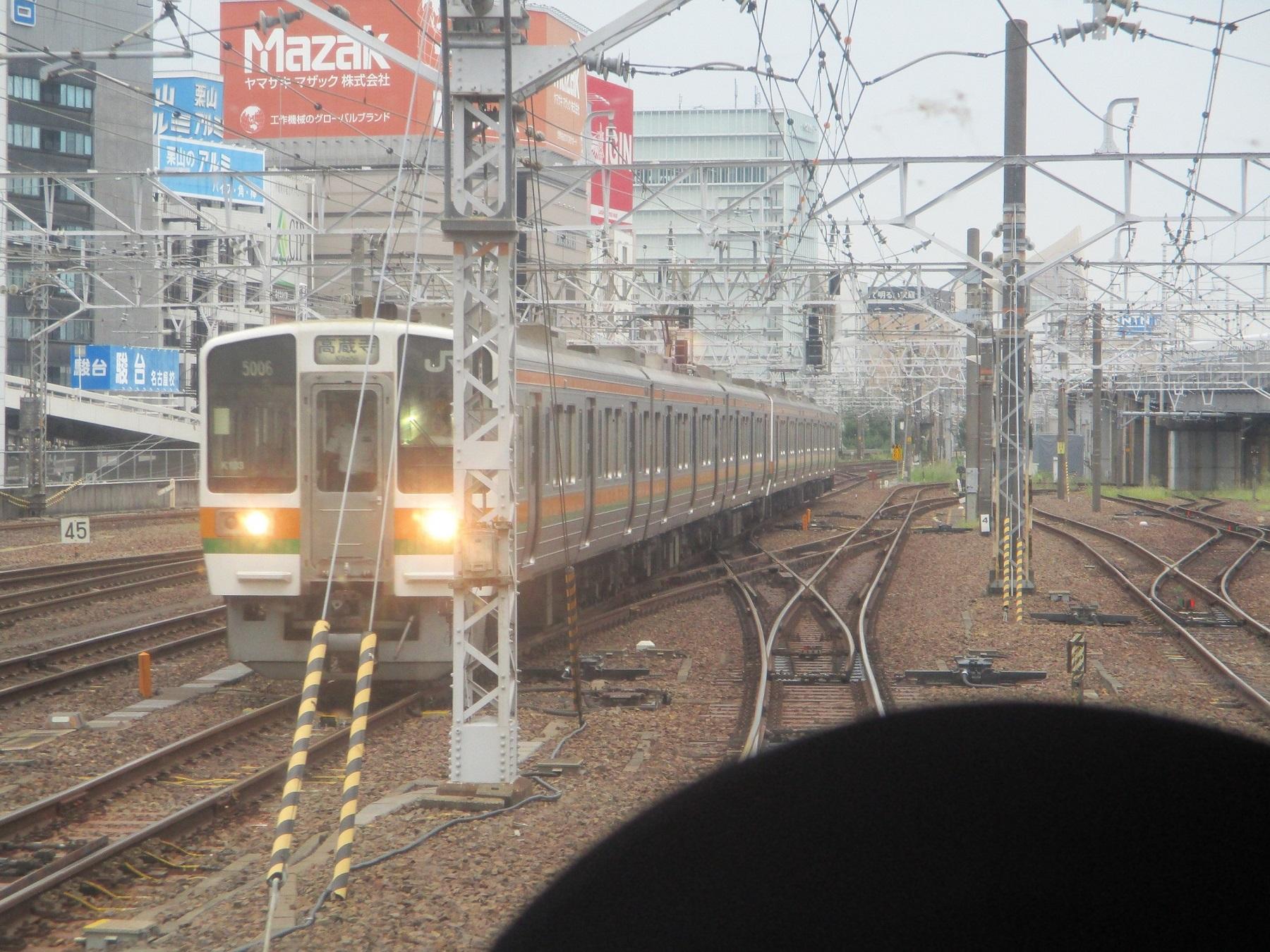 2019.9.18 (13) 四日市いきふつう - 名古屋八田間(中央線電車) 1800-1350