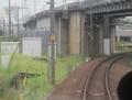 2019.9.18 (14) 四日市いきふつう - 新幹線をくぐる 1590-1200
