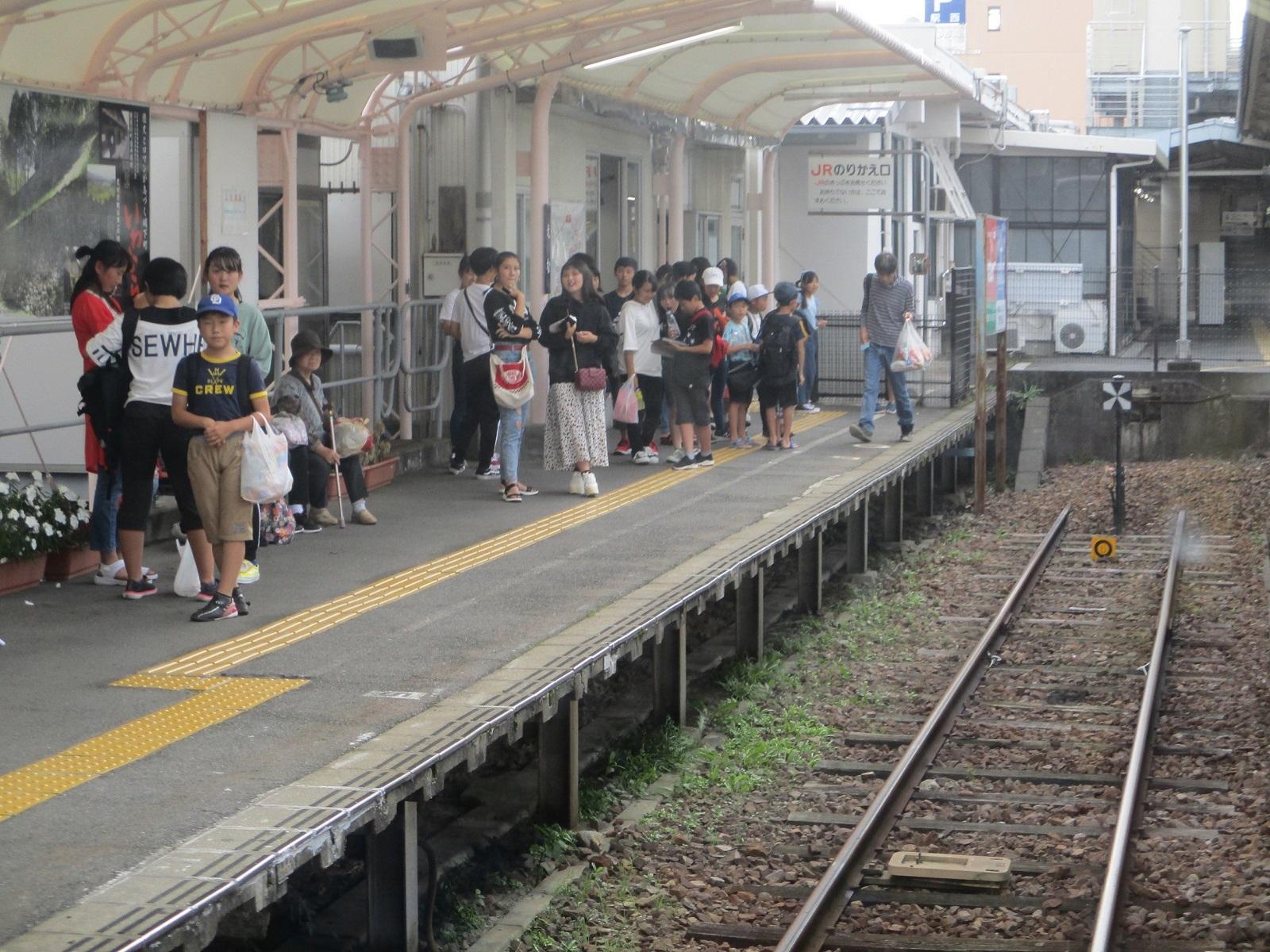 2019.9.22 (26) 恵那いきふつう - 恵那 1600-1200