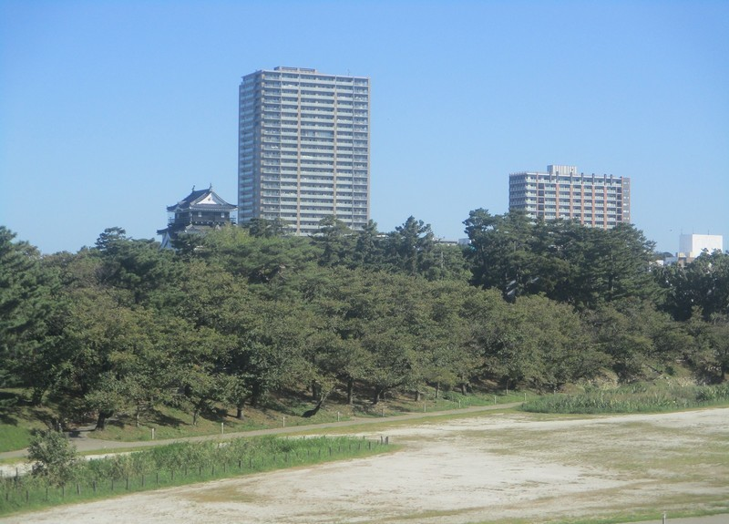 2019.10.9 (2) 豊橋いき特急 - 岡崎城 1600-1150