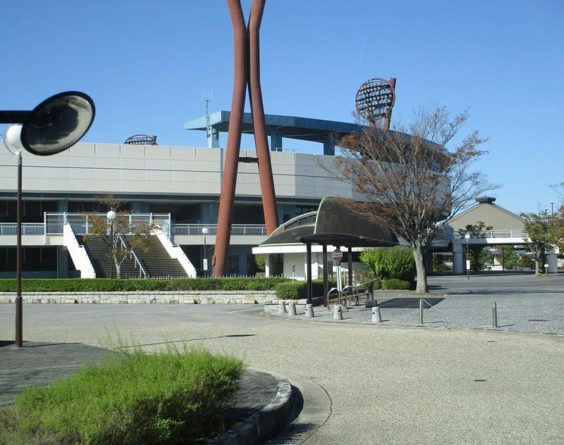 2019.10.9 (15) 中央総合公園いきバス - 中央総合公園バス停 1710-1350