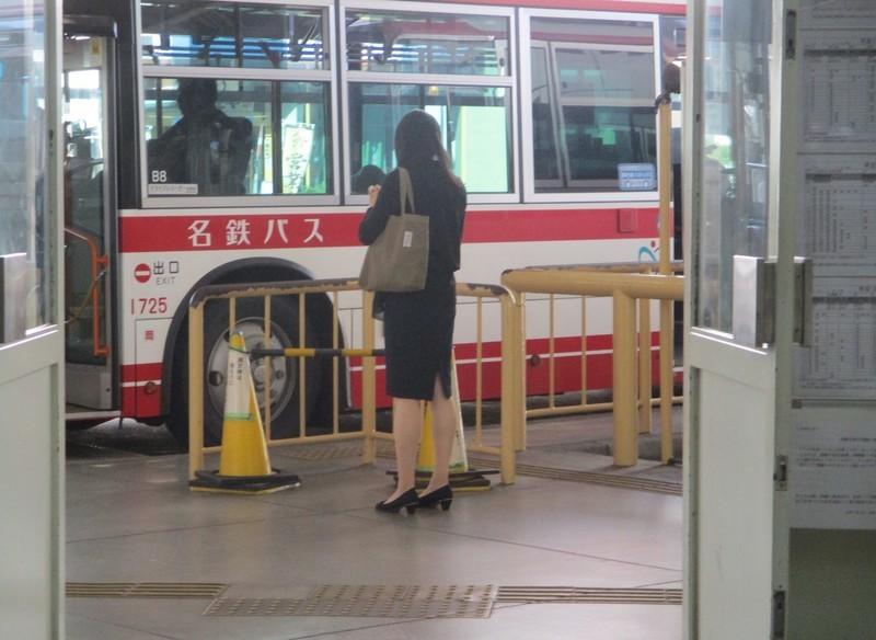 2019.10.9 (39) 東岡崎 - JR岡崎駅いきバス 2000-1460