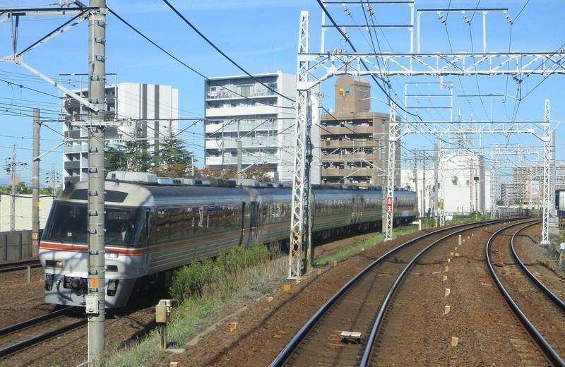 2019.10.23 (36) 岐阜いき特急 - 金山山王間 2000-1300