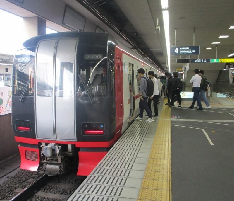 2019.10.23 (114) 一宮 - セントレアいき特急 1400-1200