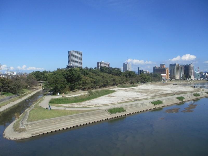 2019.10.28 (5) 東岡崎いきふつう - 菅生川をわたる 2000-1500