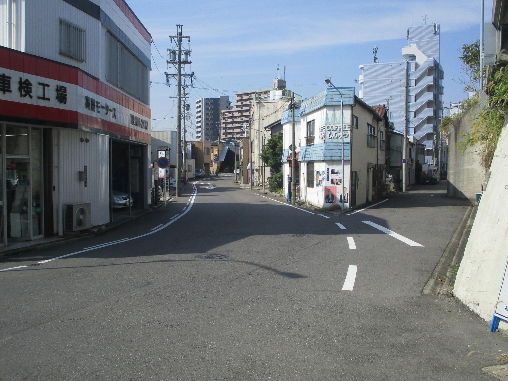 2019.10.31 (14) 東海道 - 東海道線ふみきりにしのふたまた 2000-1500