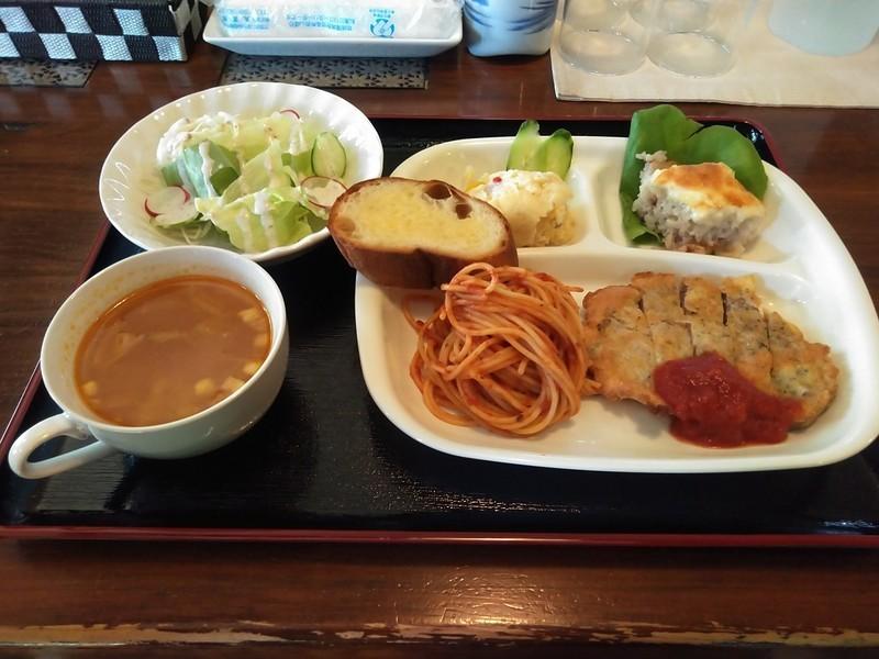 2019.10.31 (24あ) 欧風料理なるかわ - イベリコぶたのピカタ 1200-900