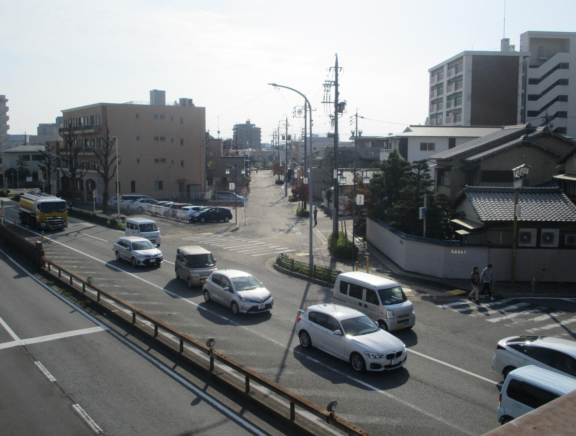 2019.10.31 (32) 宮宿 - 宮のわたし歩道橋からみなみをみる 1980-1500