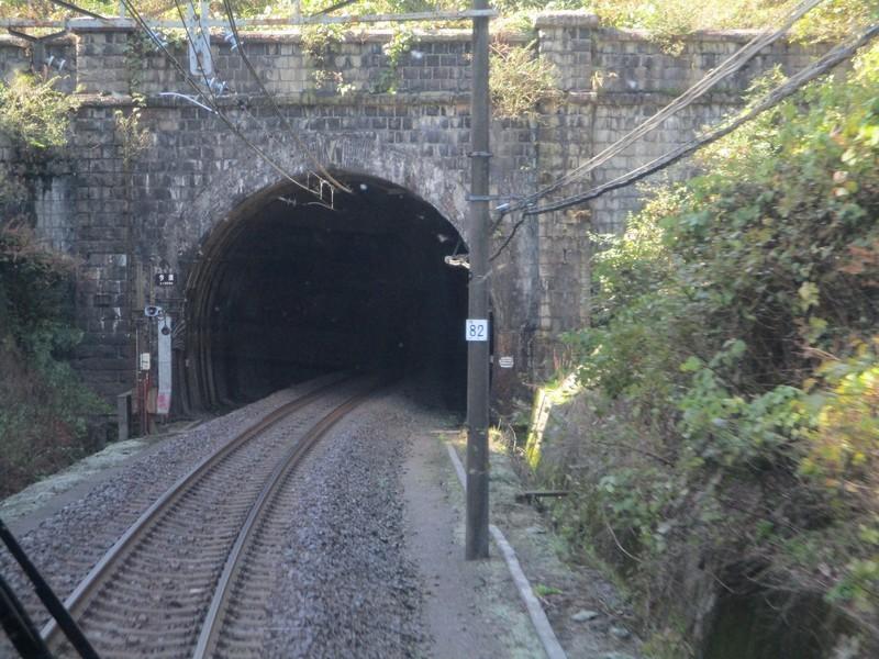 2019.11.7 (48) 米原いきふつう - 今須トンネル 2000-1500