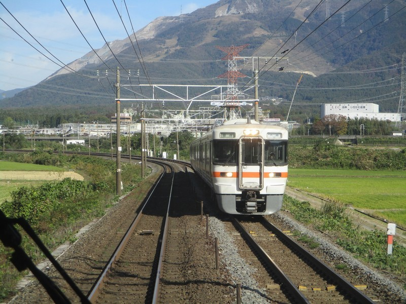 2019.11.7 (56) 米原いきふつう - 柏原近江長岡間 2000-1500