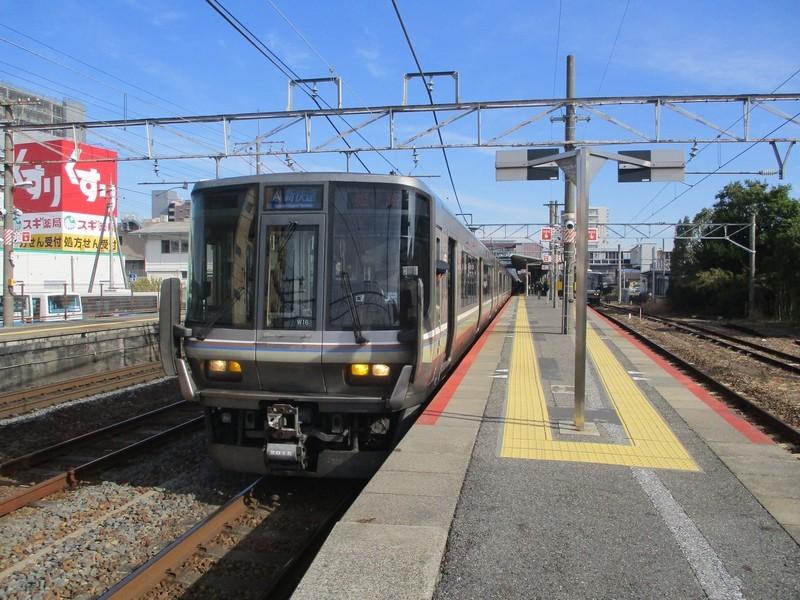 2019.11.7 (82) 近江八幡 - 姫路いき新快速 2000-1500