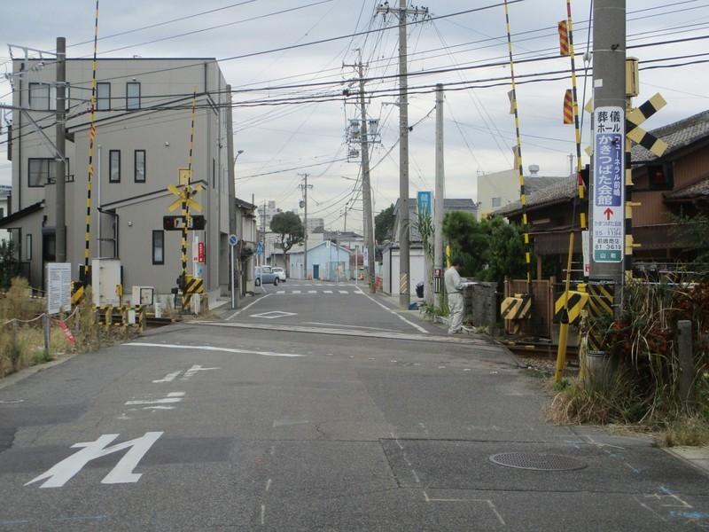 2019.11.13 (25) 東海道 - 三河線ふみきり 1800-1350