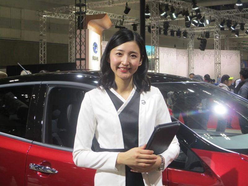 2019.11.21 (73) 名古屋モーターショー - 日産リーフ電気自動車[22] 2000-1500