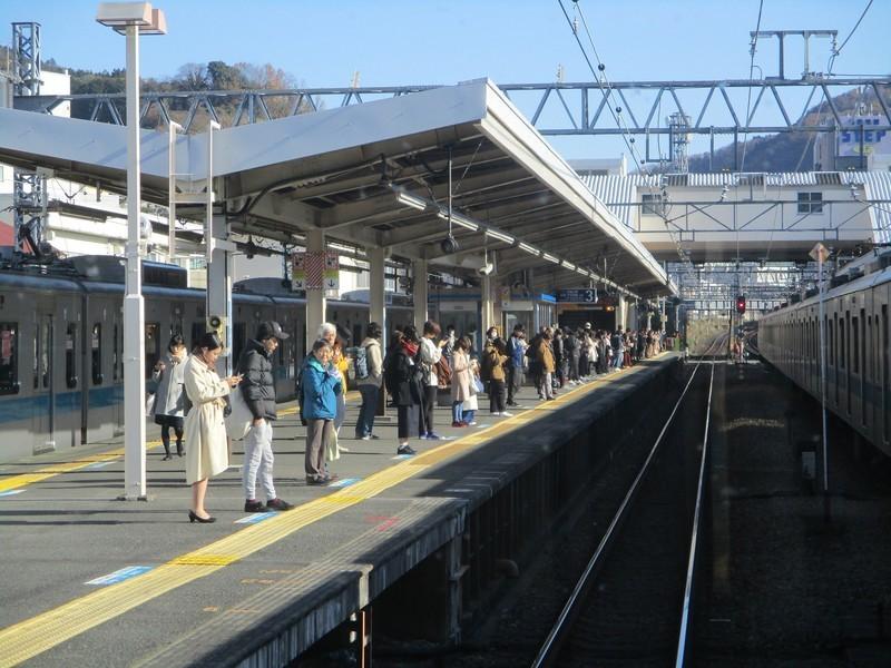 2019.12.16 (29) 新宿いき急行 - 新松田 1800-1350