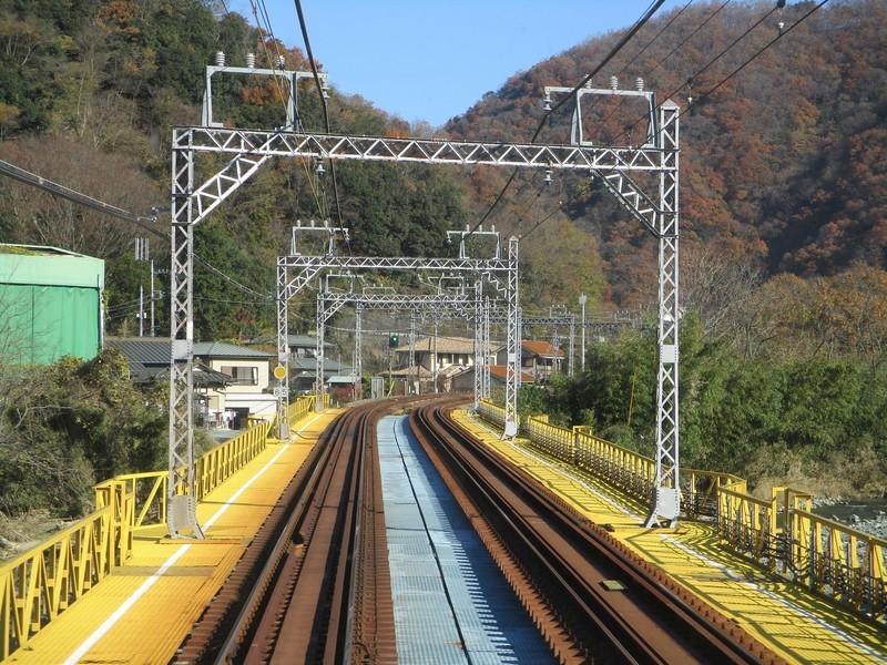2019.12.16 (33) 新宿いき急行 - 新松田渋沢間 1800-1350