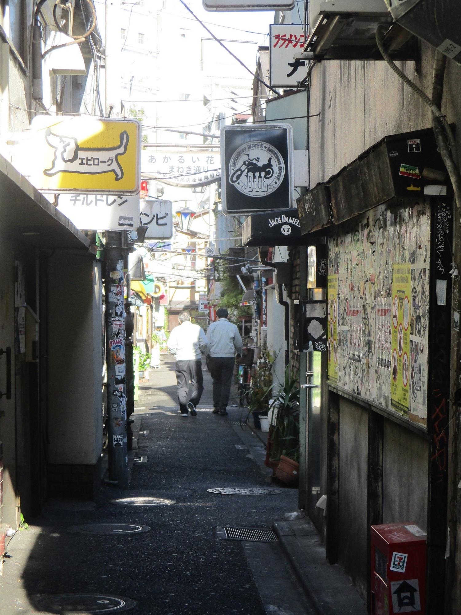 2019.12.16 (163) 新宿ゴールデン街 - まねきどおり 1500-2000