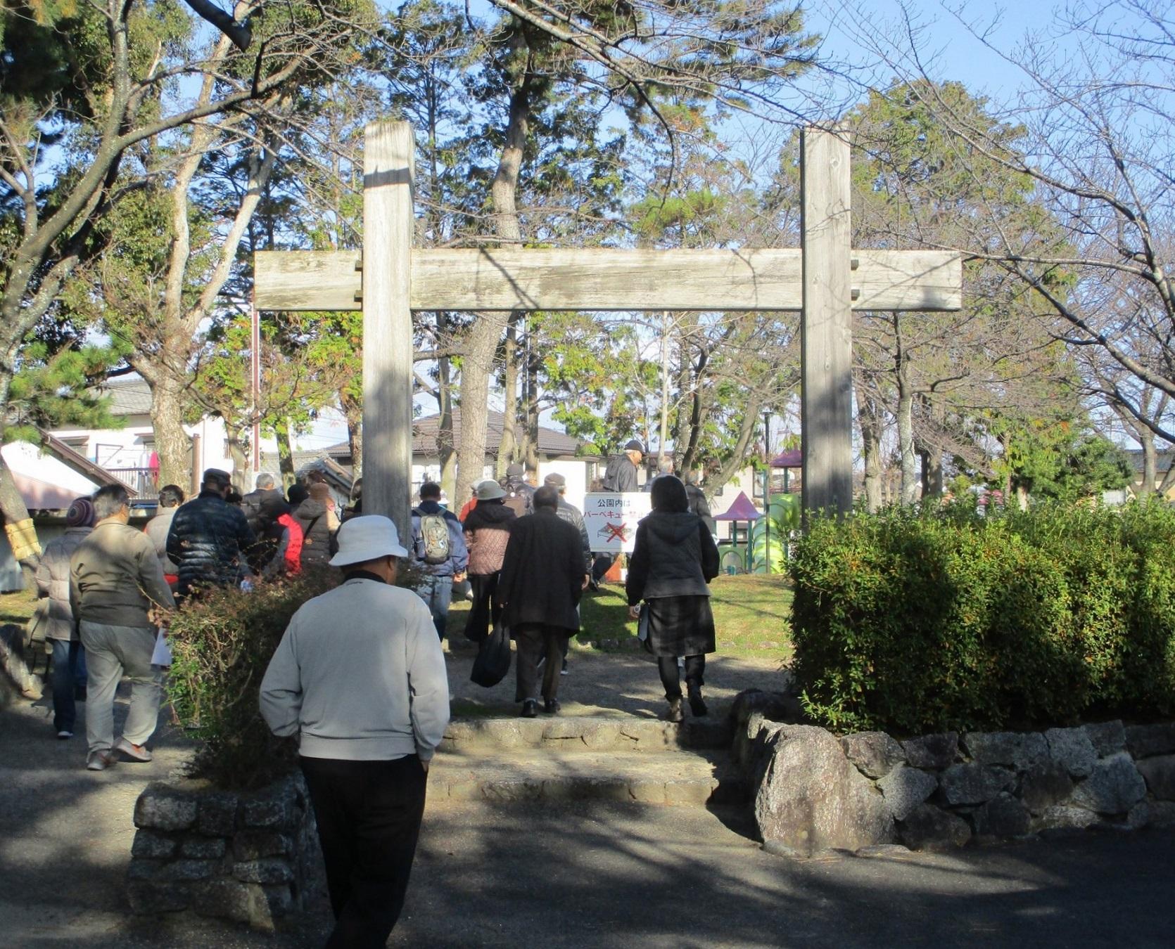2019.12.20 (2) しろめぐりバスツアー - 桜井城あと 1670-1350