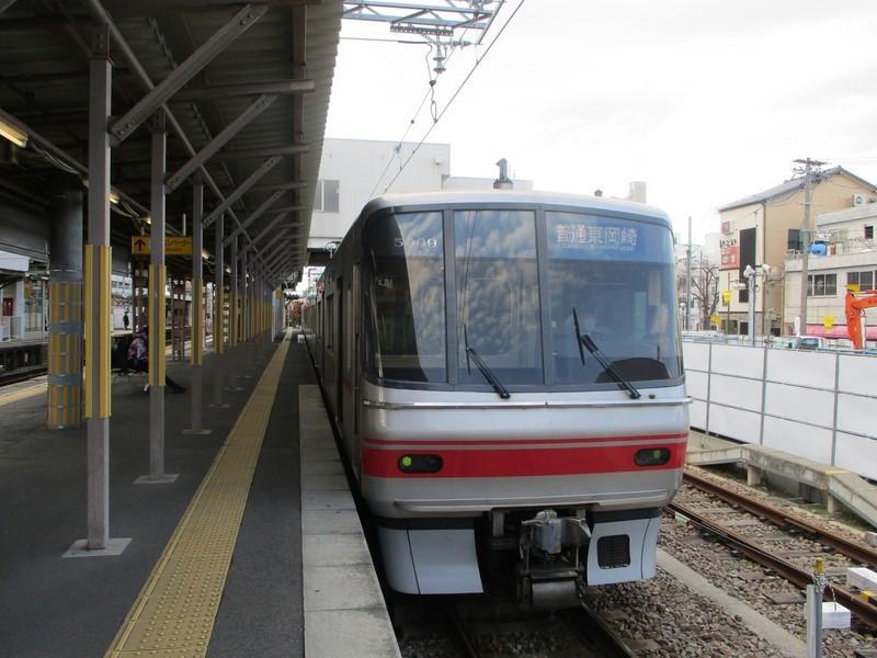 2019.12.31 (6) しんあんじょう - 東岡崎いきふつう 2000-1500