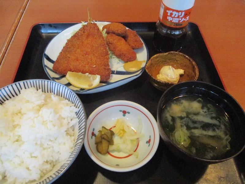 2020.1.16 (13) 日本海庄や - あじとかきフライのあいもり定食 1200-900