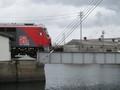 2020.2.18 (40) はねあげばしにさしかかる貨物列車 2000-1500