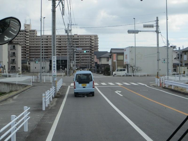 2020.2.23 (43) 西尾いきバス - 中島町上野交差点を直進 2000-1500