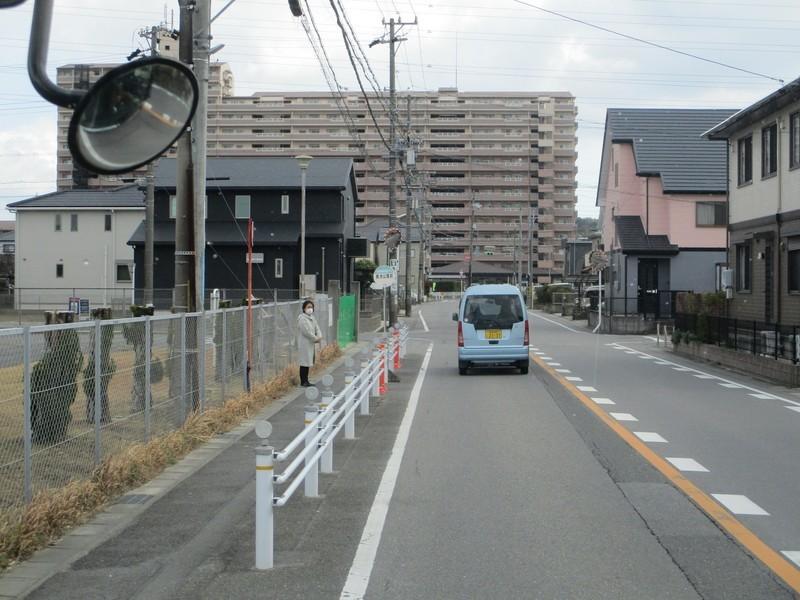 2020.2.23 (44) 西尾いきバス - 長池公園前バス停 2000-1500
