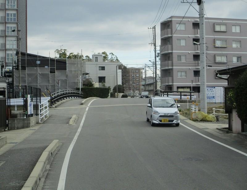2020.2.26 (53) JR岡崎駅西口いきバス - 稲荷橋をわたる 1560-1200