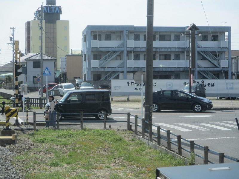 2020.3.13 (11) 西尾いきふつう - 桜町前すぎ 2000-1500