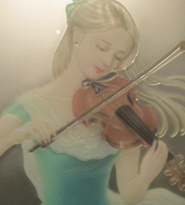 2020.3.27 (82-1) 三河工芸ガラス美術館 - 「バイオリン」 900-1000