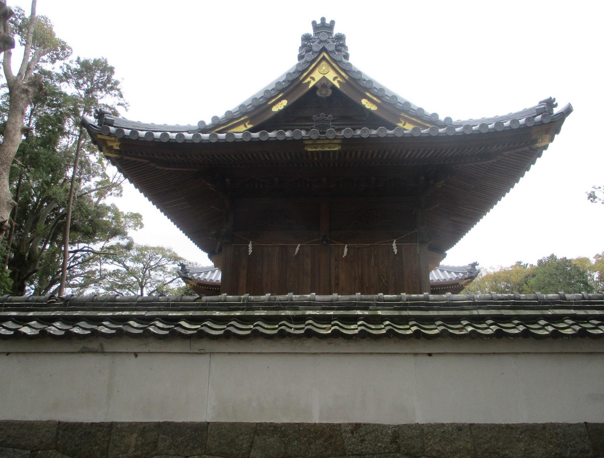 2020.3.28 (6) 古井神社 - 背面 1980-1500