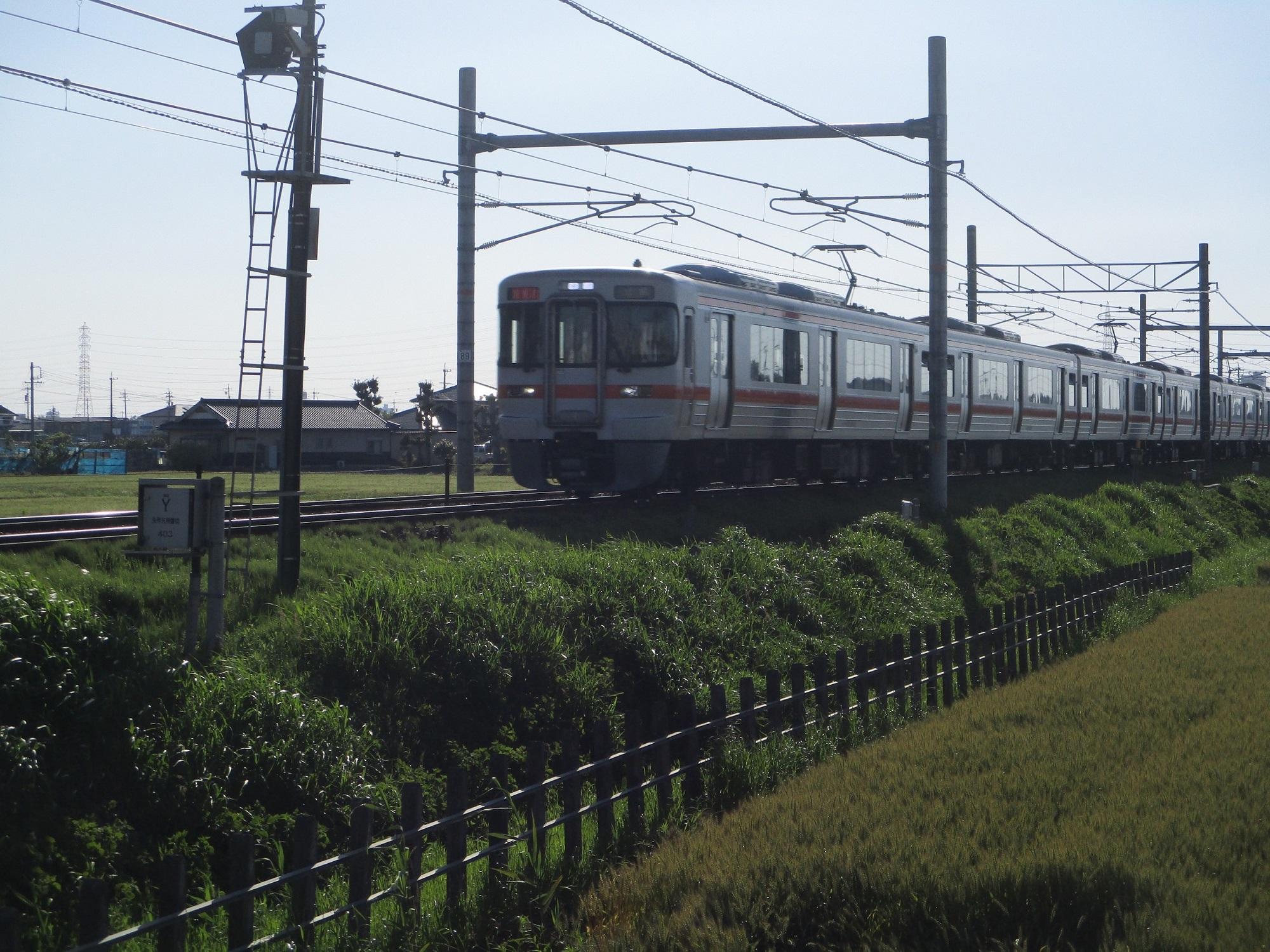 2020.5.13 (26) 矢作天神ふみきり - ひがしいき電車 2000-1500