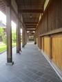2020.5.14 (8) 小松寺 - ひだり伽藍の室外廊下 1500-2000